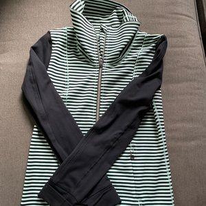 Lululemon active jacket